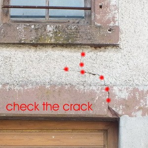 Cebu-City, Manila, Philippines, building surveyor price Building Surveyor Munich examine the crack in the plaster: investigation Building expert Munich Property Inspection, Condo Inspection, Home inspection,Residential Property Inspections,End of Warranty Inspection
