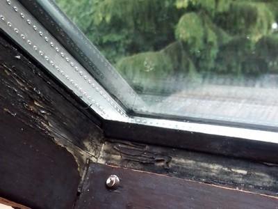 Dachaussteigefenster mangelhaft